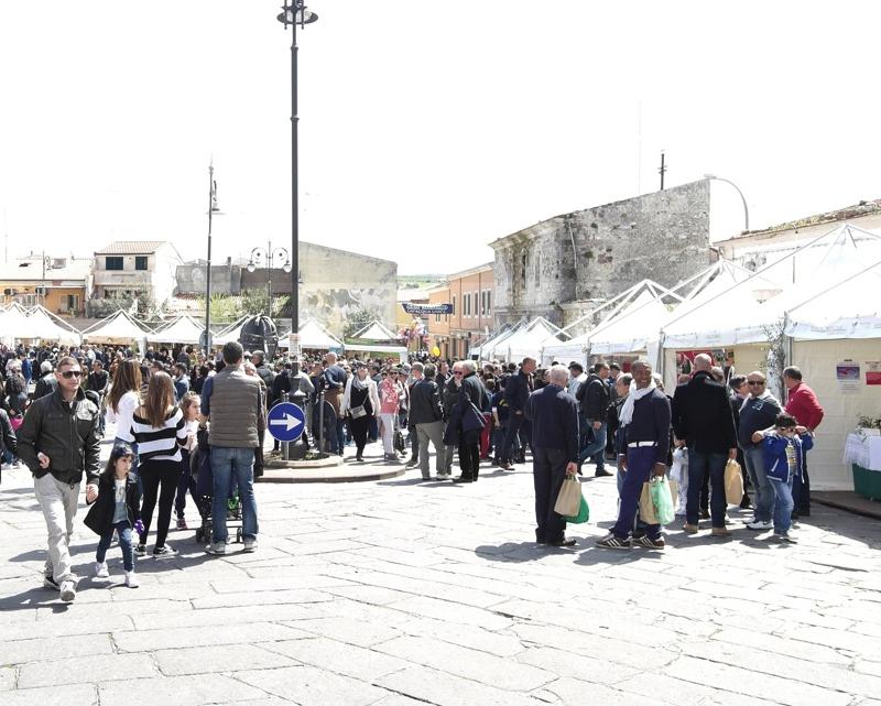 manifestazione-pubblico-prendas-800x641